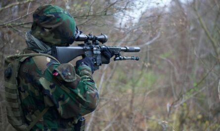 Voják v akci, tak vypadá Armáda České republiky.